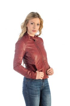 Ženska-kožna-jakna_Invento_NikaRED_naslovna